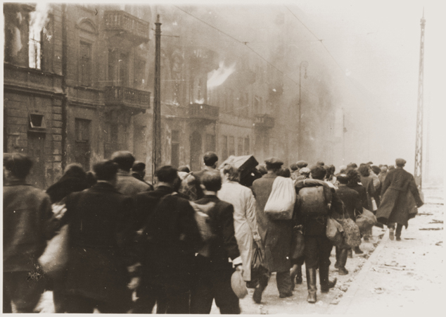 stroop_report_-_warsaw_ghetto_uprising_-_26537.jpg